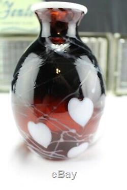 FENTON ART GLASS DAVE FETTY VASE SAMPLE VASE SIGNED White Hanging Hearts