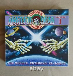 Grateful Dead Dave's Picks Volume 1 The Mosque, Richmond, VA 5/25/77