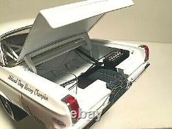 1/18 Échelle 1965 Dodge Coronet Awb Hemi Dave Strickler Drag Coupe-blanc Ext