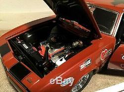 1/18 Échelle 1968 Chevrolet Camaro Vieux-fiable Dave Strickler Rouge Ext / Int Noir