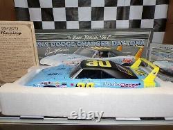 Dave Marcis #30 Winter Park Dodge 69 Chargeur Daytona 124 Échelle Autographe