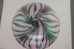 Fenton Art Verre Lavande Haze Dave Fetty Feather Vase