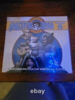Grateful Dave's Cueillis Volume 5 Pauley Pavillion Ucla 11/17/73